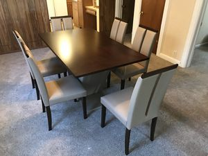 Brand New 6 Chair Beige Dinning Set!🪑 for Sale in Oak Park, IL