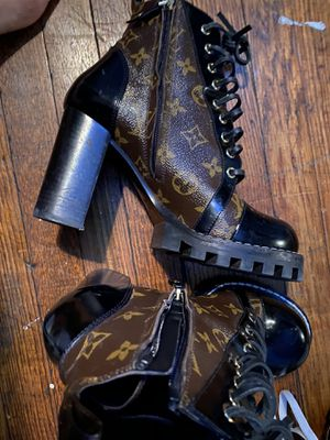 Louis Vuitton boots size 39 for Sale in Philadelphia, PA
