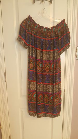 Dress off the shoulder or not Tiana B for Sale in Baton Rouge, LA