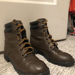 Boots, Womens Size 8 for Sale in Denver, CO