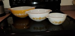 Pyrex Kitchen | Vintage Set Of Pyrex Gooseneck Nesting Bowls | Color: Orange/Yellow/White | - 13 in, 11 in, 7 in. All three as a set for $85 for Sale in Phoenix, AZ