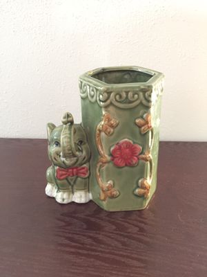 Elephant vase for bamboo plant for Sale in San Diego, CA