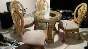 Antique juego de comedor con mesa y 4 sillas for Sale in Miami, FL