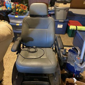 Electric Chair for Sale in Fort Meade, FL