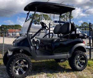 Lifted 2017 Club Car Precedent Golf Cart for Sale in Hardeeville, SC