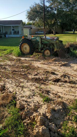 John Deer Tractor for Sale in Clodine, TX
