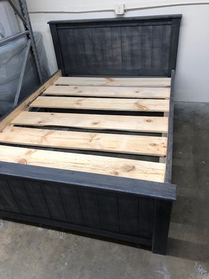 Custom Solid Wood Queen Size Bed with Mattress Included for Sale in Los Angeles, CA
