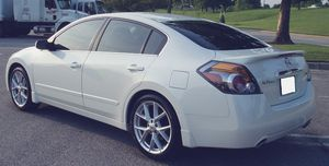 Good price 2007 Nissan Altima Clean interior for Sale in Baltimore, MD