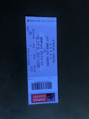 LA Lakers tickets for Sale in Rialto, CA