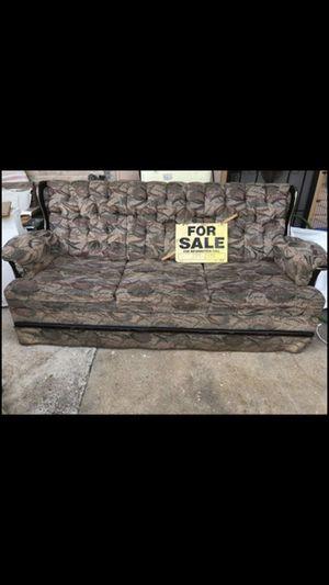 Antique Sofa for Sale in San Benito, TX