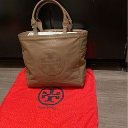 Tory Burch Tan Leather Tote Shoulder Bag for Sale in Nashville,  TN