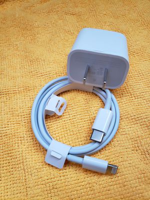 Iphone 11 charger set apple for Sale in Citrus Heights, CA