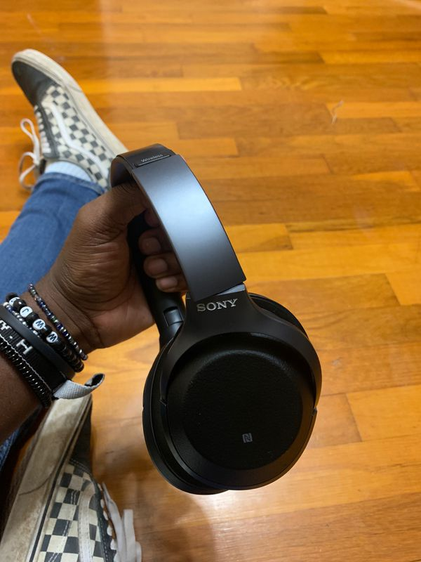 Sony wireless headphones runs for about $500 new