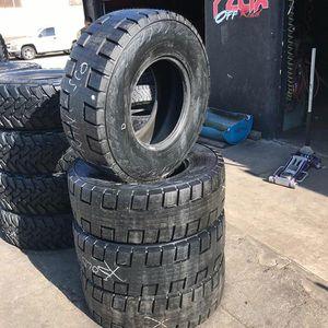 Toyo tires 35/12.50r17 for Sale in Artesia, CA