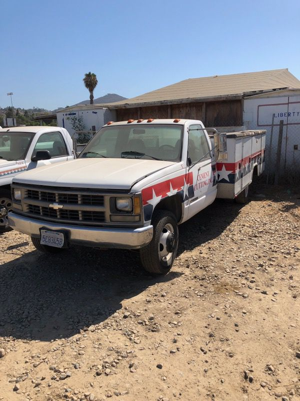 Chevy 3500 with a lift gate