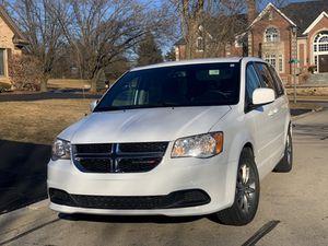 2015 DODGE Grand caravan carfax 99k miles REBUILD TITLE ,CLEAN ! for Sale in Burr Ridge, IL
