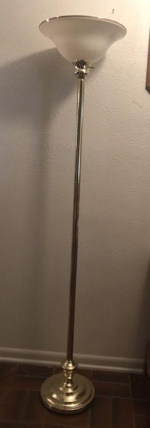 Floor Lamp for Sale in Grand Prairie, TX