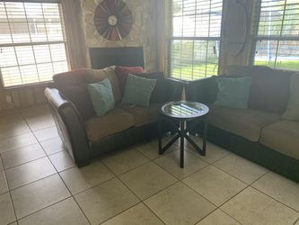 Sofa Set, wall Decor, Dining table, end table for Sale in Pinellas Park,  FL