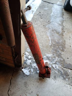 Motor hoist pump Jack for Sale in Detroit, MI