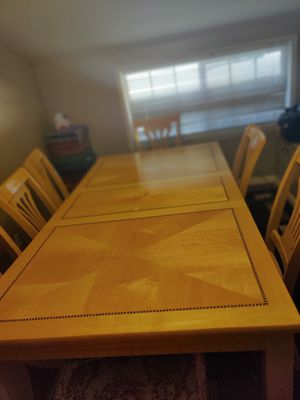 Dining table for Sale in Castro Valley, CA