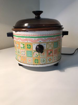 70's patchwork Crockpot for Sale in Dallas, TX