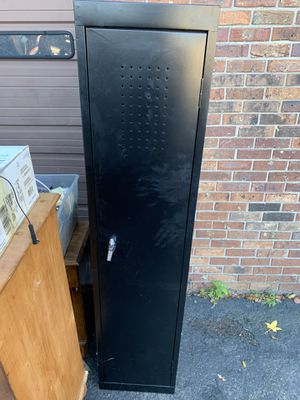 Grow cabinet for Sale in Township of Washington, NJ