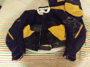 LEATHER MOTORCYCLE GEAR for Sale in Tampa, FL