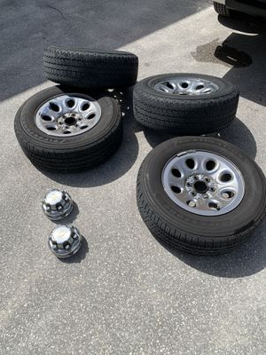 Set of rims and tires size 265/65/17 for Sale in Naples, FL