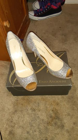 Enzo Angiolini gold heels for Sale in San Antonio, TX