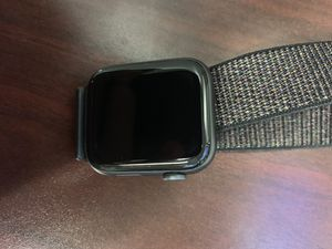 Apple Watch series 4 44mm GPS extra band 28 for Sale in Rancho Cordova, CA