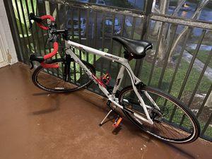 Genesis 700c Saber Men's Road Bike for Sale in Margate, FL