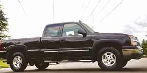 CHEVY SILVERADO THE PAINT IN FLAWLESS AND LOOKS DEEP for Sale in Cleveland, OH