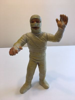 Vintage mummy universal pictures 1986 for Sale in Fresno, CA