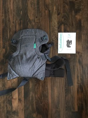 Infantino 4-in-1 baby carrier for Sale in Los Angeles, CA