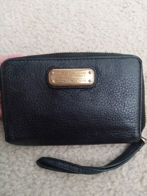 Marc by Marc Jacobs wrislet wallet for Sale in Riverview, FL