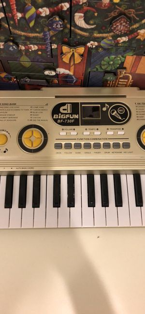 kids electric keyboard for Sale in Ellicott City, MD