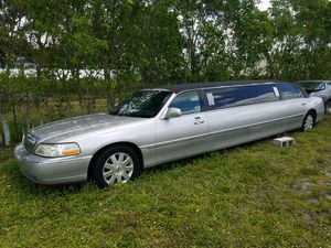 Lincoln Towncar Limo,automatic,Real Money Maker for Sale in Fort Lauderdale, FL