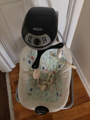 Graco baby swing for Sale in Lancaster, OH