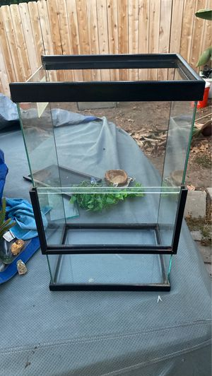 Gecko cage for Sale in San Diego, CA