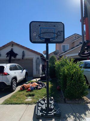 Free basketball hoop backboard set up for Sale in Temecula, CA