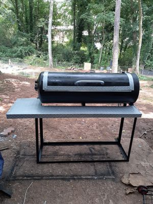 Homemade 4ft grill for Sale in Decatur, GA