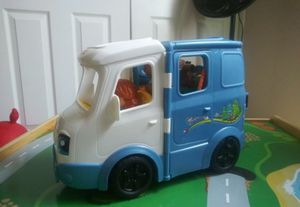 Fisher-Price Little People Songs & Sounds Camper for Sale in Victorville, CA