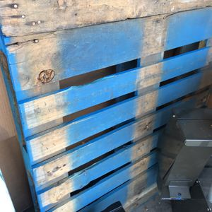 Free Pallets for Sale in Anaheim, CA