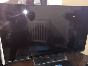 Tv and laptop for Sale in Philadelphia, PA
