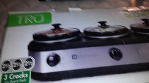 3 crockpot combo used 2 times excellent condition $25 for Sale in Cypress, CA