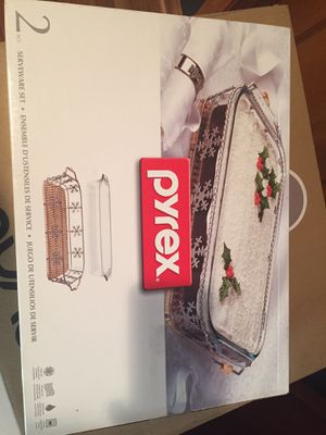 Pyrex Holiday Baking Set for Sale in Chicago, IL