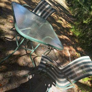 Green And White Patio Set for Sale in Tampa, FL
