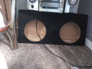 "10"" sub box for a truck like new... Never used great conditions for Sale in Joplin, MO"