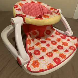 Baby Sit Me Up Chair for Sale in Lynn, MA
