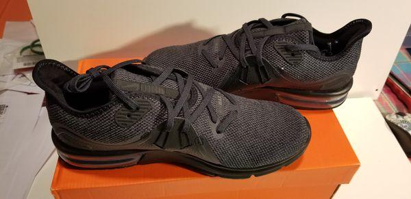 Nike Air Max women sizes 7-9